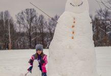 Girl with a Snow man