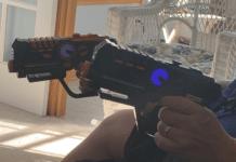 2 Laser blasters