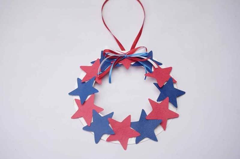 DIY Craft: How to Make a Patriotic Star Wreath