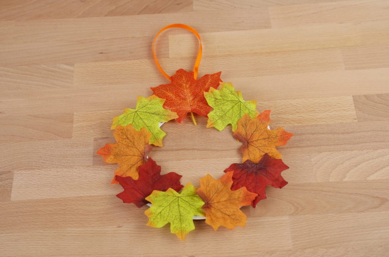 Fall Autumn Wreath with Leaves and a Paper Plate
